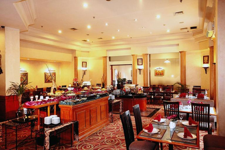 Travellers Hotel Jakarta, Central Jakarta