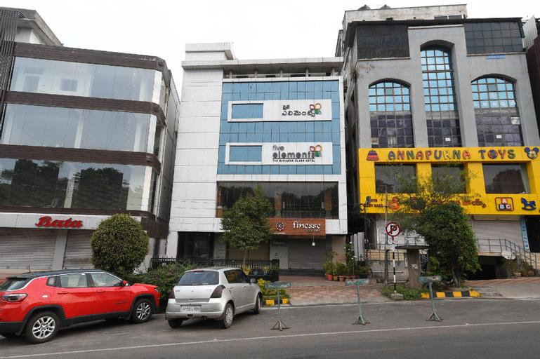 OYO 1433 Hotel Five Elements, Visakhapatnam