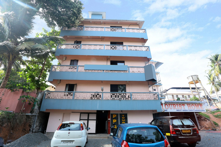 SPOT ON 40646 Ppg Tourist Home, Ernakulam