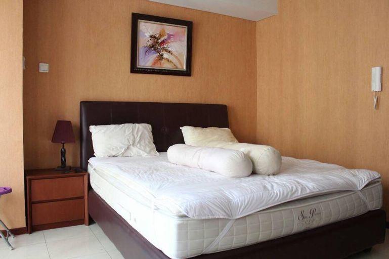 Studio Royal Mediterania Residence – Jopi 10, West Jakarta