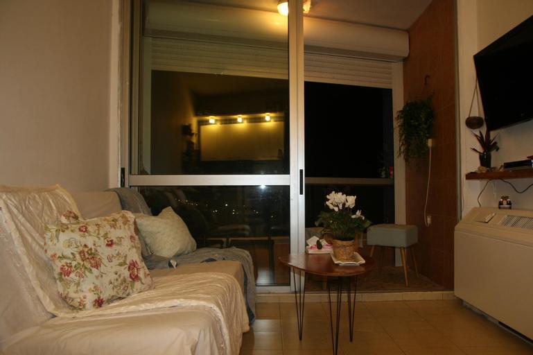 Cozy sea View Apartment,