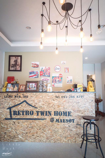 Retro Twin Home at Maesot, Mae Sot