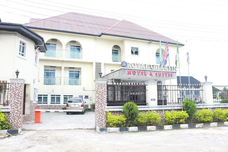 Royal Charlin Hotel and Suites, Obio/Akp