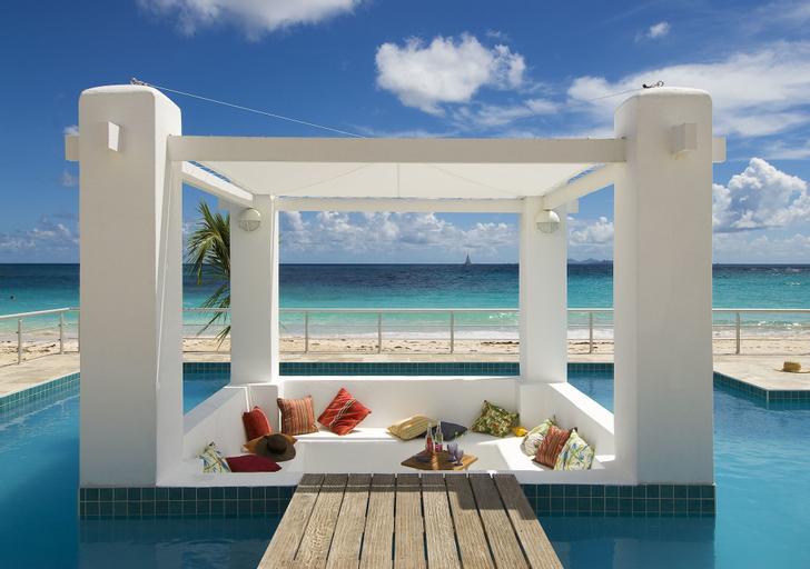 Coral Beach Club Villas & Marina,