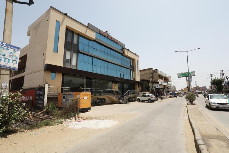 Capital O 37150 Hotel D Blossom, Alwar