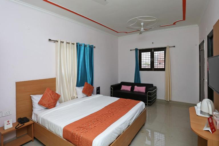 OYO 14098 R R Homes, Gurgaon