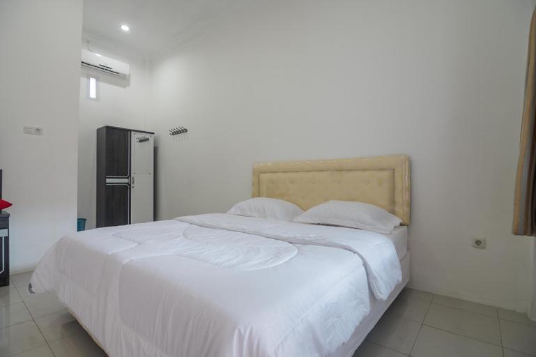 Cemara Guesthouse, Jambi