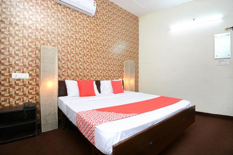OYO 33024 Urban Guest House, Patiala