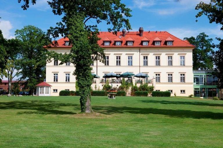 Landhotel Schloss Teschow, Rostock