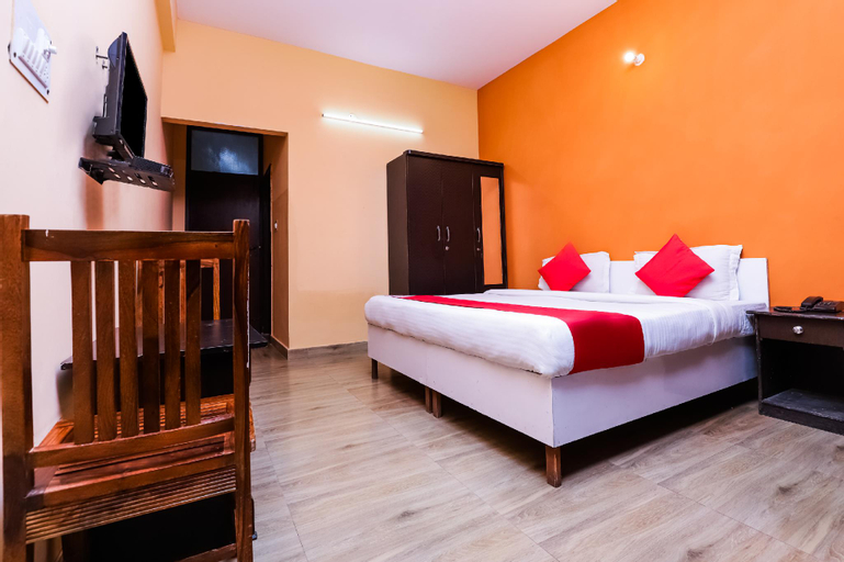 OYO 37194 Hotel Royal India, Gautam Buddha Nagar