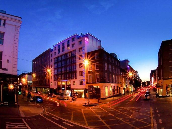 The George Limerick Hotel,