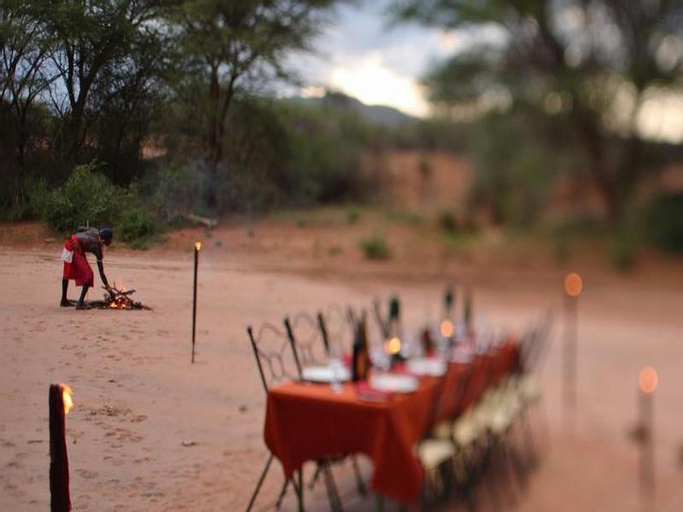 Saruni Samburu, Samburu East