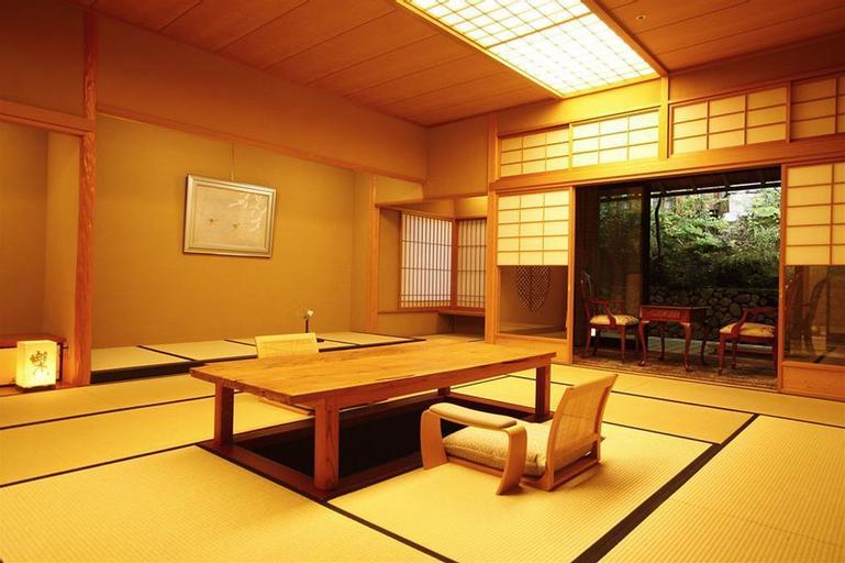 Ginsuiso Bekkan Choraku, Nishinomiya