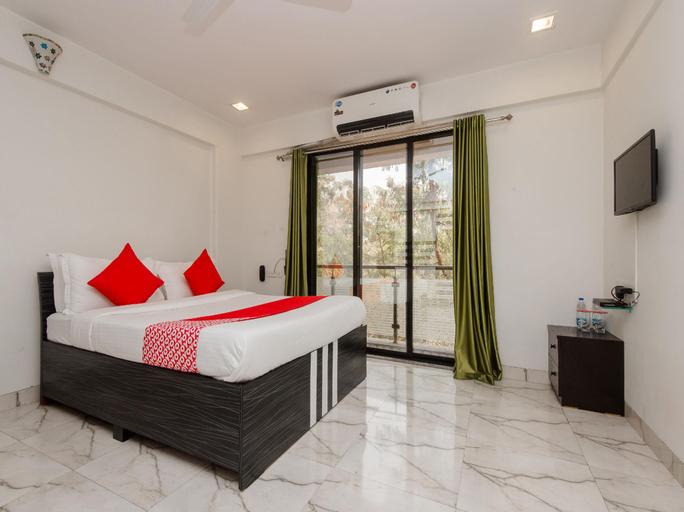 OYO 11951 Vatsala Suites, Thane