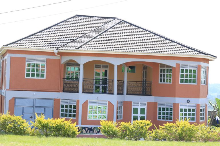 A & J Holiday Suites, Fort Portal