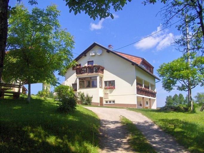 House Josipa, Rakovica
