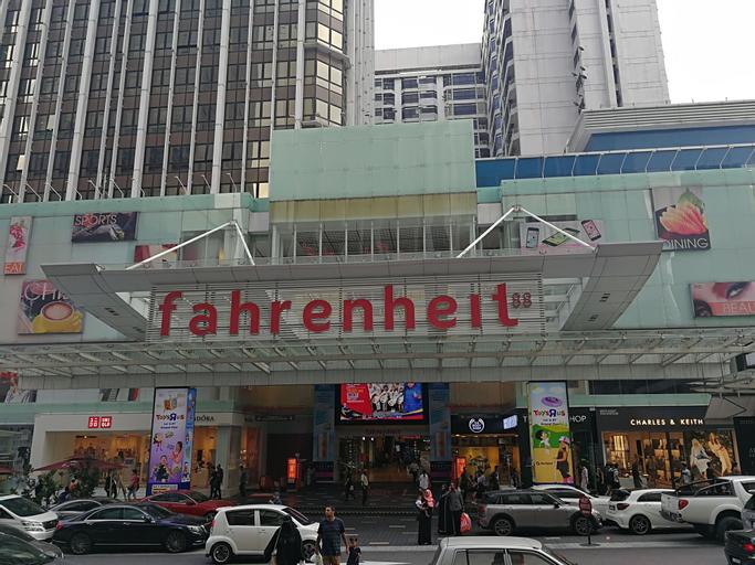 Pavilion Fahrenheit 88 - AJ home, Kuala Lumpur