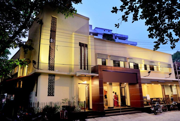 OYO 8268 Gokul Ottupura, Ernakulam