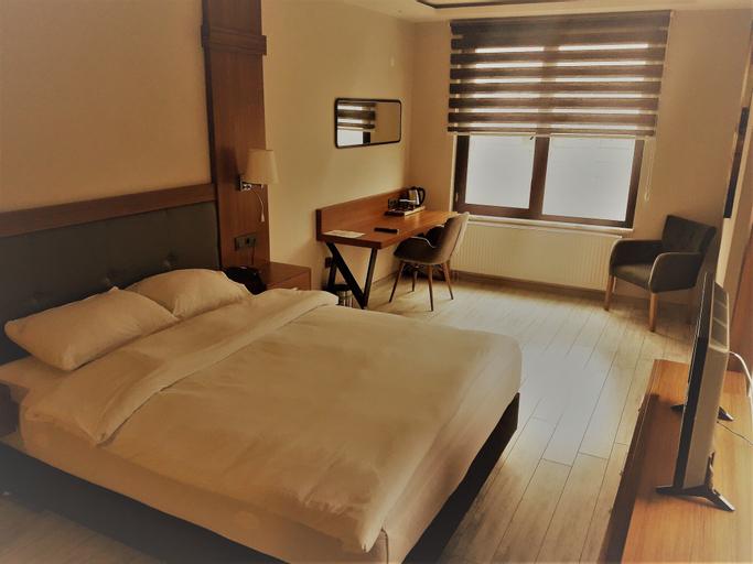 Grand Yeniceri Otel, Şiran