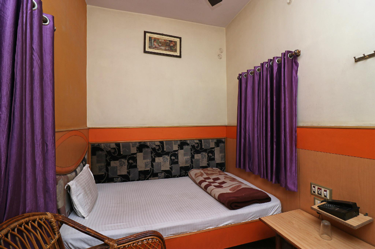SPOT ON 37766 Hotel Aastha, Muzaffarpur