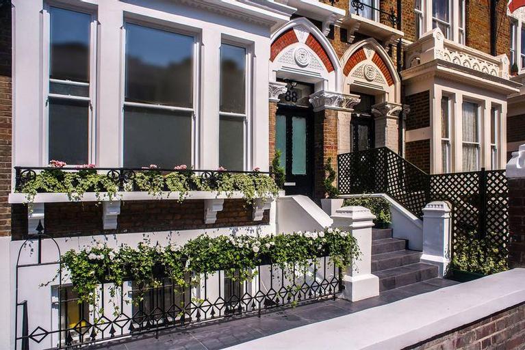 Mstay 274 Suites, London