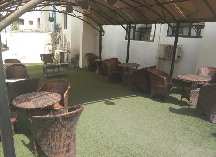 Jat Suites, AbujaMun