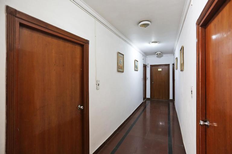 OYO 12805 SUNRISE HOUSE, Gautam Buddha Nagar