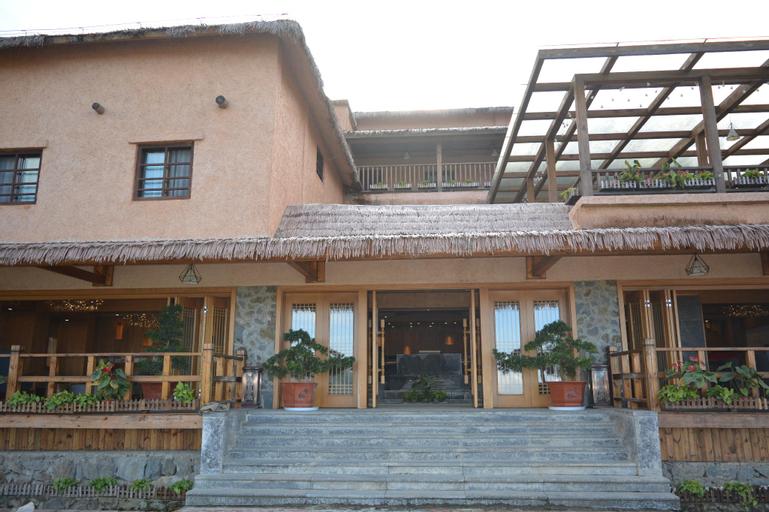 Yun shang terrace hotel, Honghe Hani and Yi