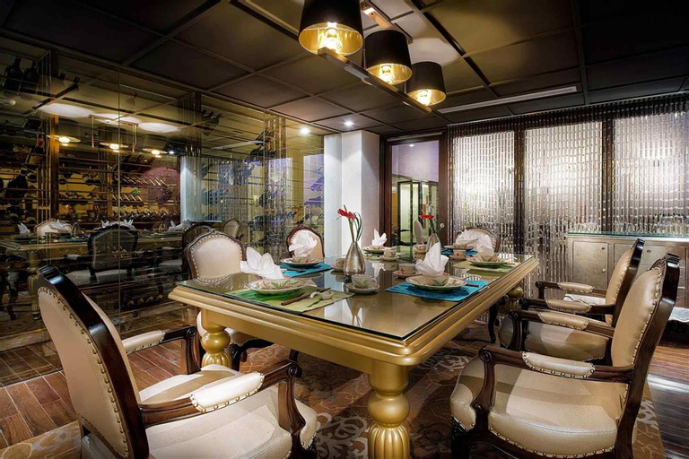 Hotel de l'Opera Hanoi - MGallery, Hoàn Kiếm