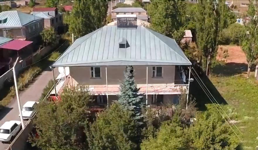 Serik & Geora Guesthouse,