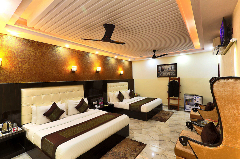 Airport Hotel Avtar, West