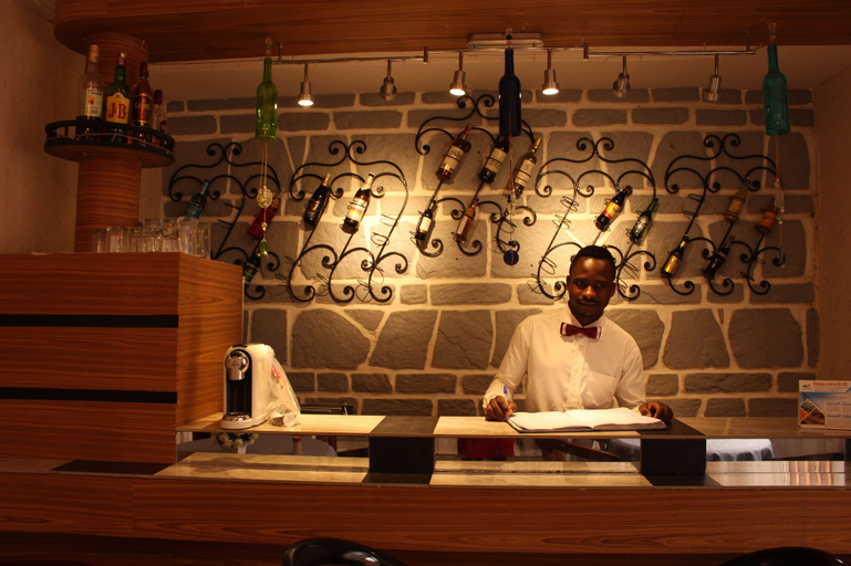 Indra Hotel, Mfoundi