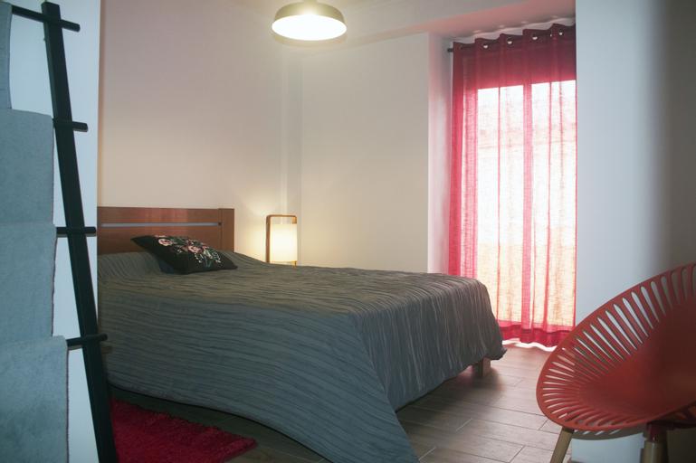 Friendly Peniche Apartment, Peniche