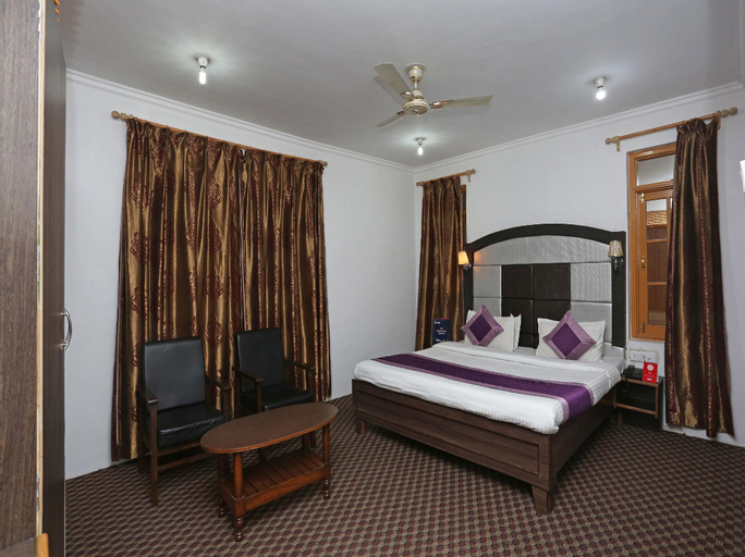 OYO 4487 Hotel Al Azra, Srinagar