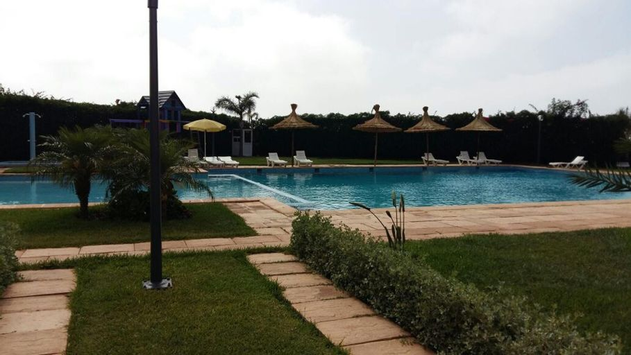 Apartment With 2 Bedrooms in Dar Bouazza, With Pool Access and Terrace, Settat