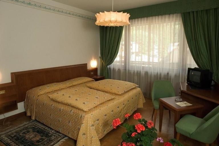 Hotel Milano, Trento