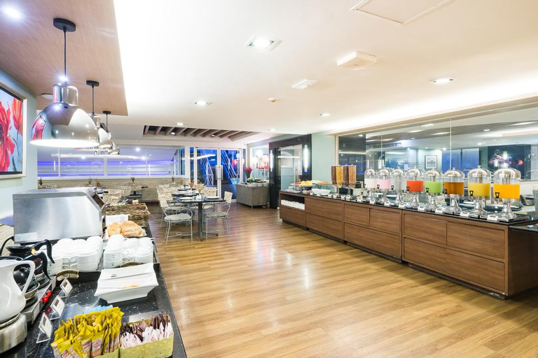 Evergreen Place Siam by UHG, Pathum Wan