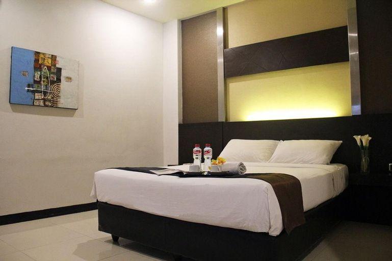 d'Season Hotel, Surabaya