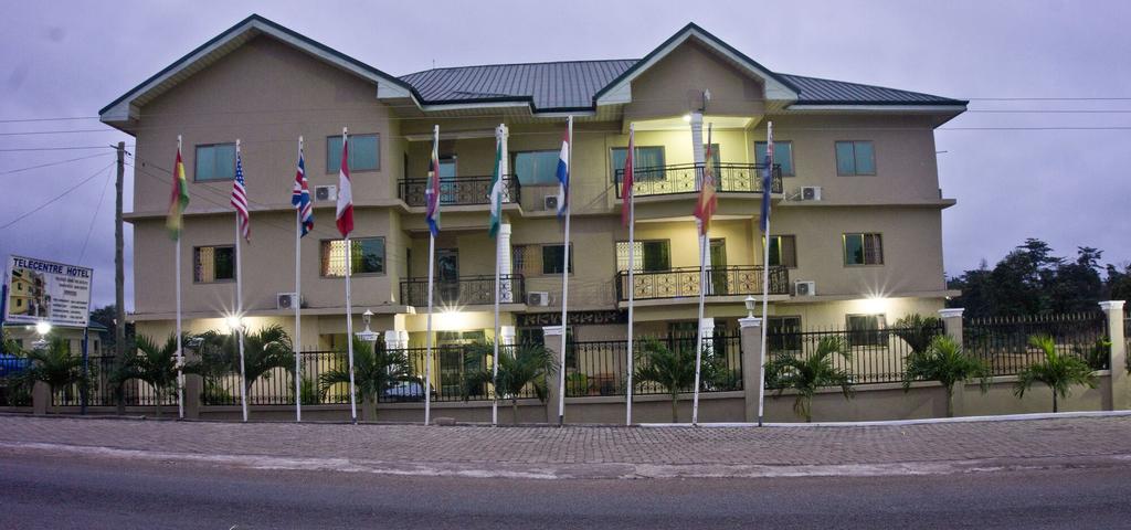 Telecentre Hotel, Asante Akim North