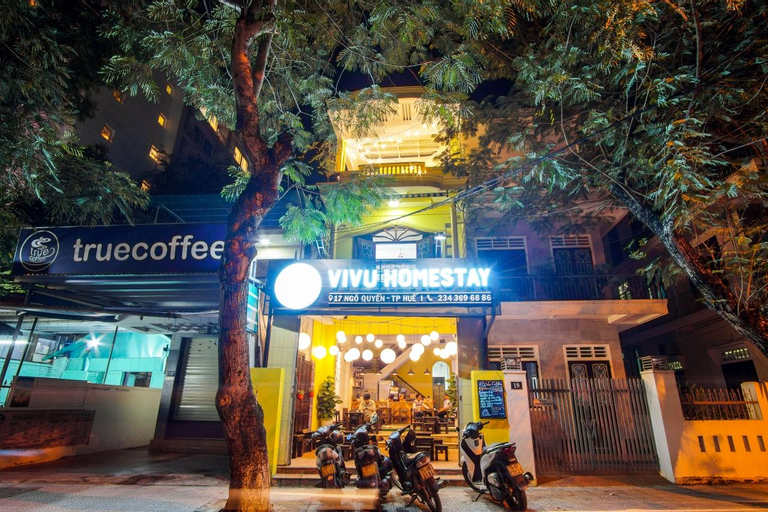 VIVU HOMESTAY AND COFFEE, Huế