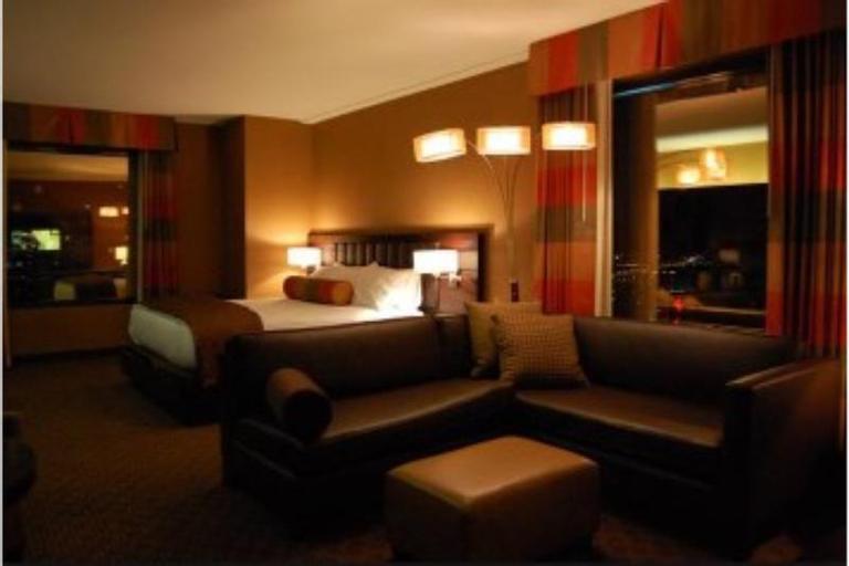 Golden Nugget Hotel, Clark