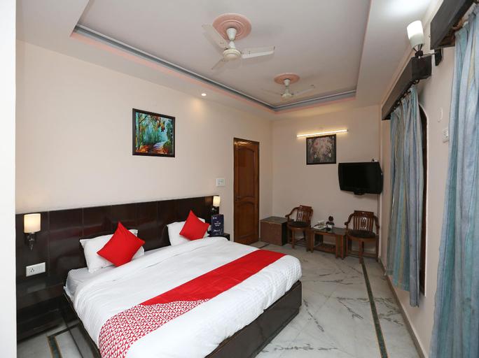 OYO 14390 Hotel Samrat, Rewari