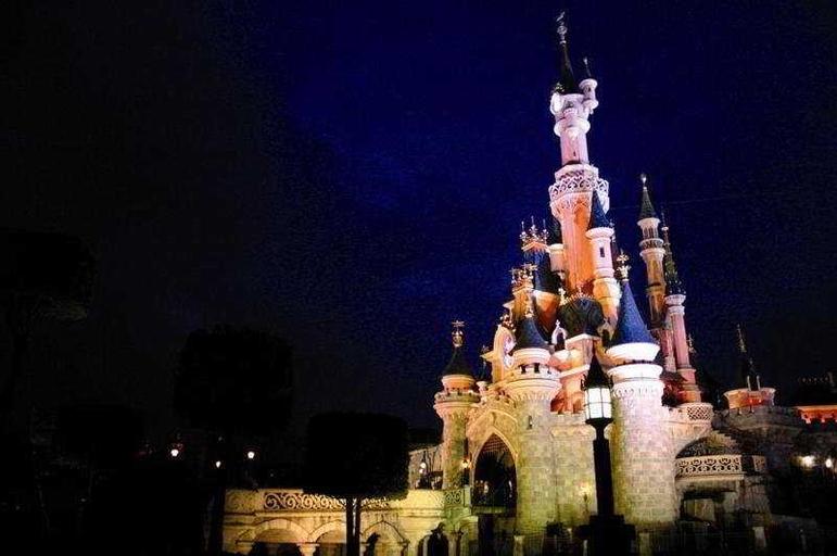 Roulette East Disneyland Paris 4*, Seine-et-Marne
