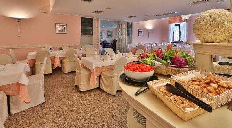 Hotel Europa- Skypool & Panoroma, Trento