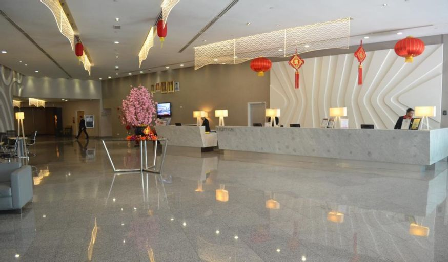 Premiere Hotel, Klang