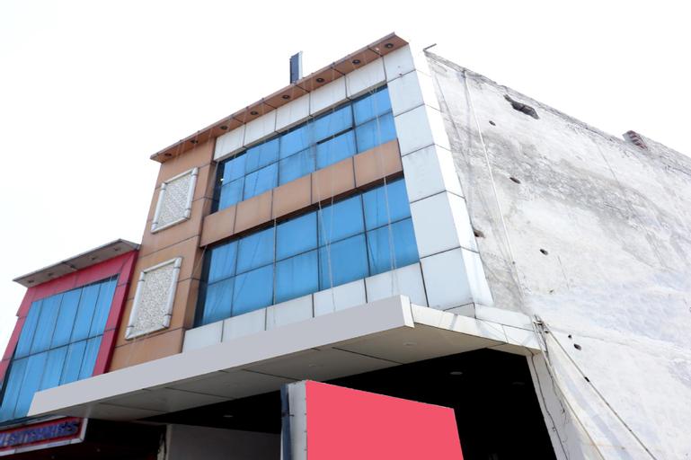 OYO 8834 Hotel Mehak, Kapurthala