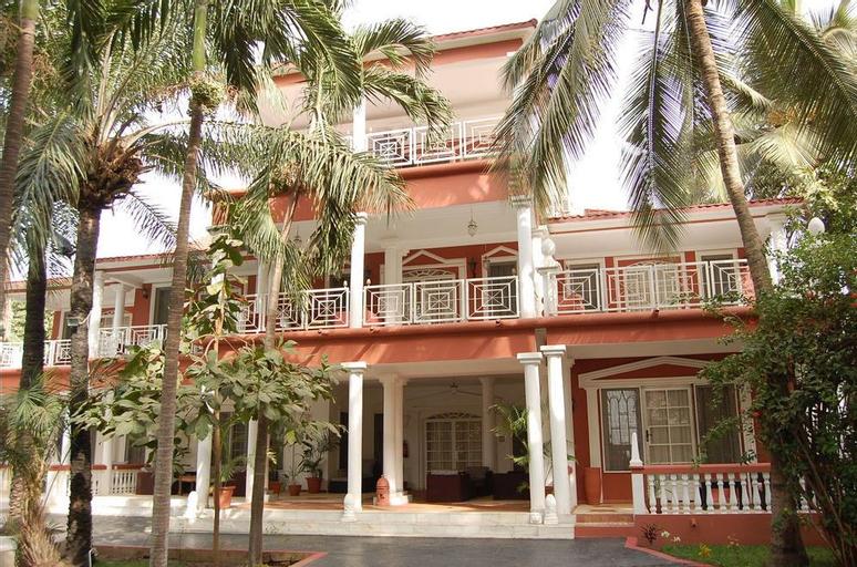 Coconut Residence, Kombo Saint Mary