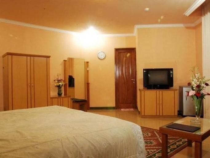 Arlya Hotel, Bandung
