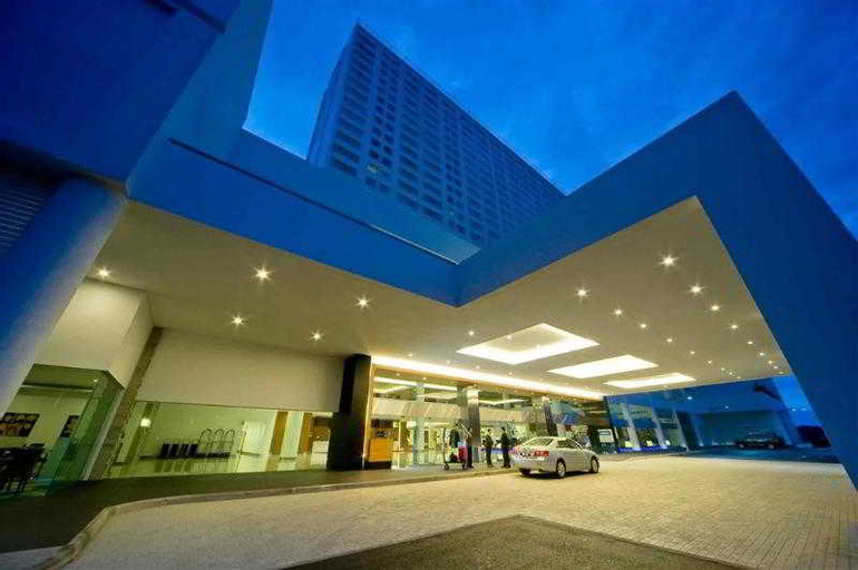 Pullman Kuching Hotel, Kuching