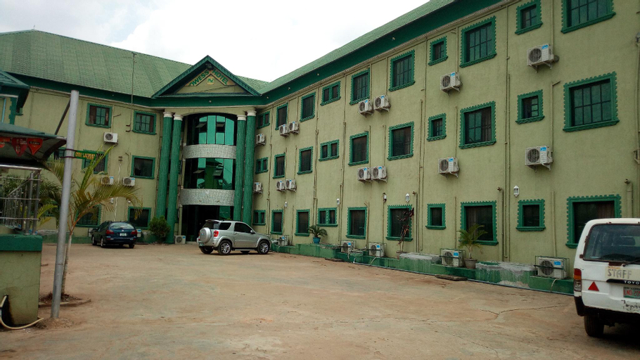 Prowess Hotel and Suites, AdoOdo/Ota